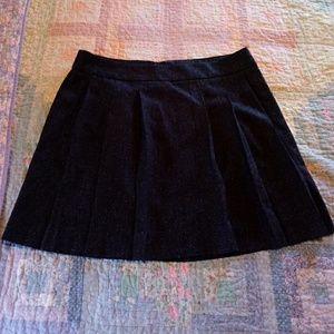 Gap gray pleated skirt